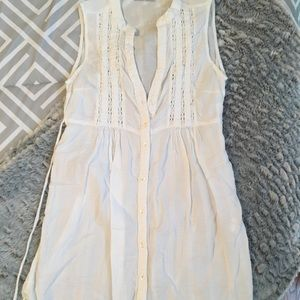 White linen flowy dress